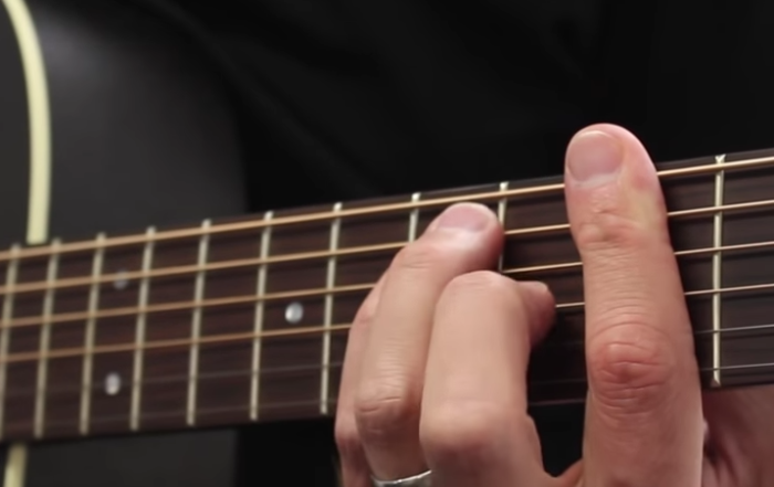 Cours de guitare pour réussir ses accords barrés