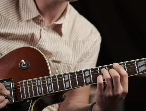 Mélanger solo et rythmique à la guitare électrique